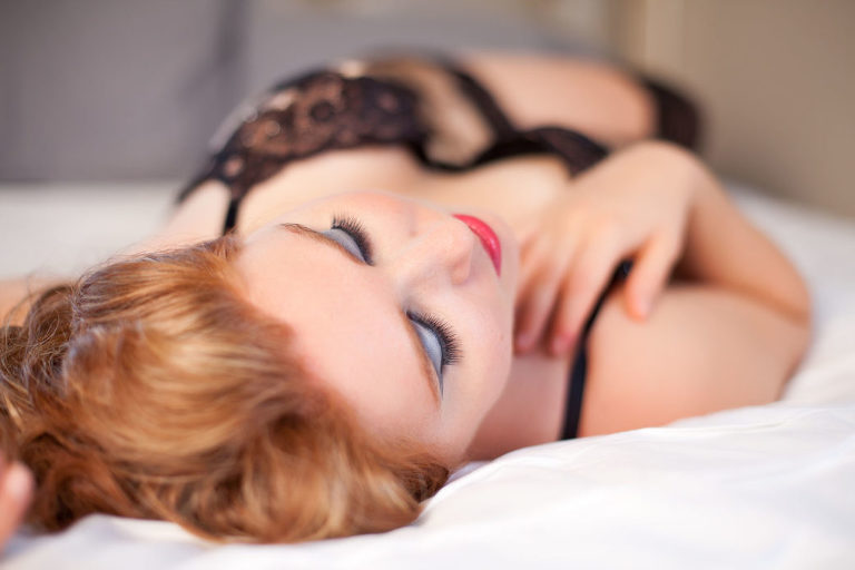pittsburg, kansas boudoir photography review by Jenna Leigh