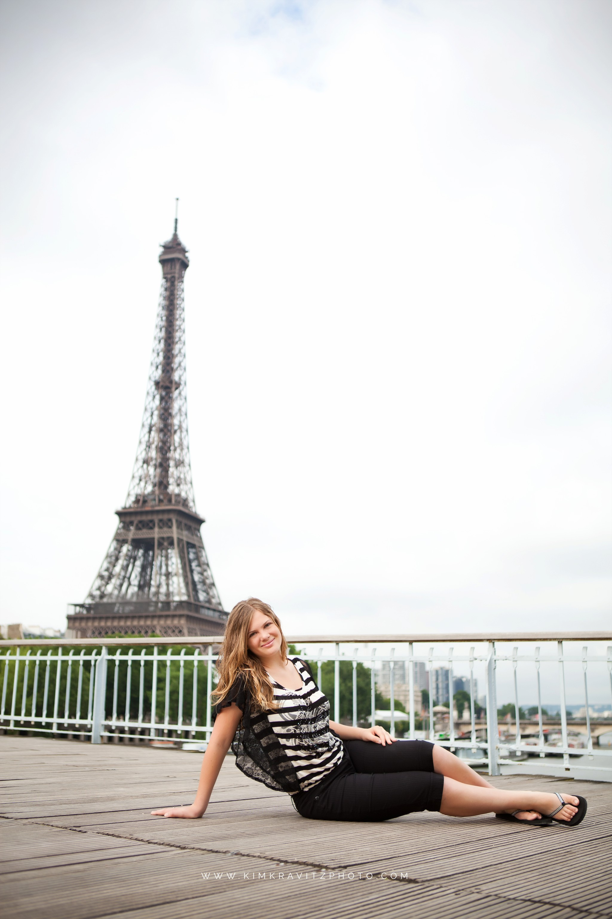 Girard Kansas High School Senior Pictures in Europe Kim Kravitz Paris